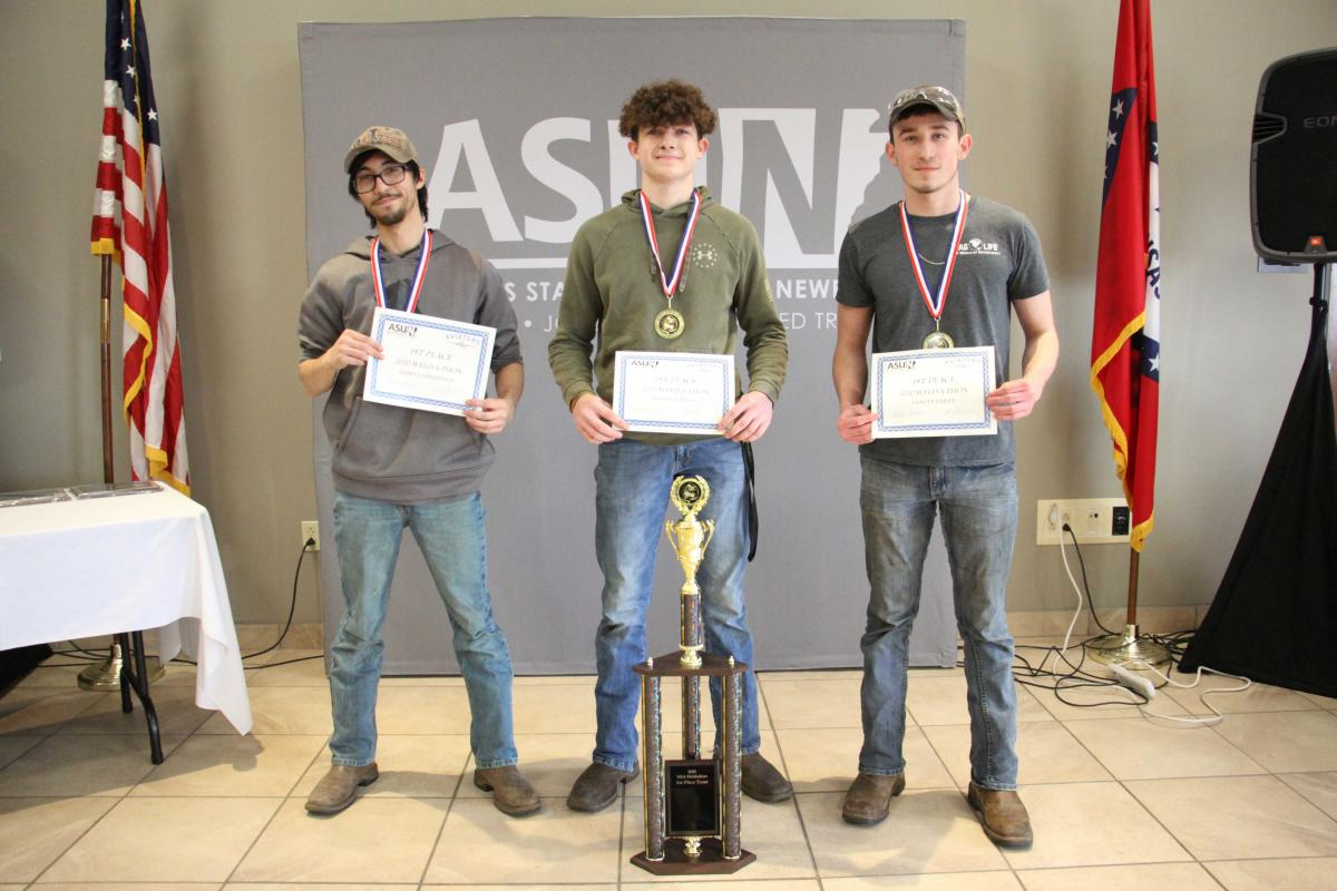 First place winners pictured from left: Dillon Mobley, Lastin Lindsey and Yancey Bailey