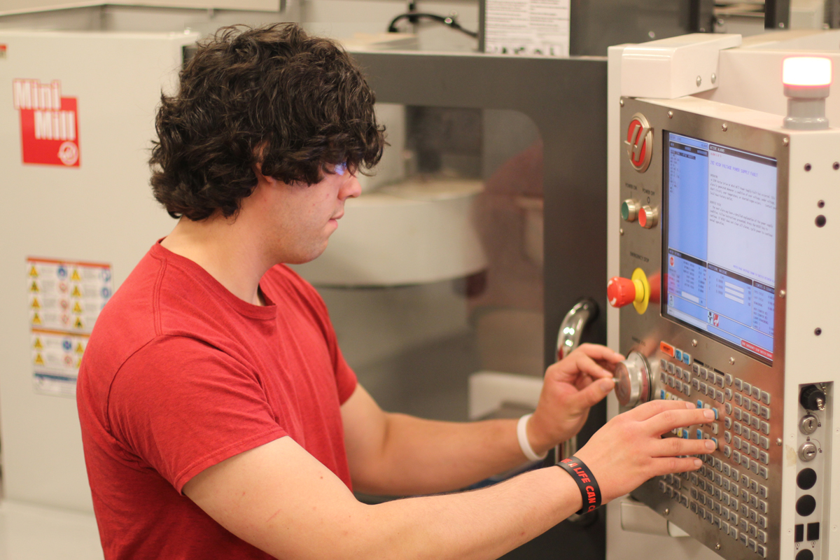 Student Learning on CNC Machine